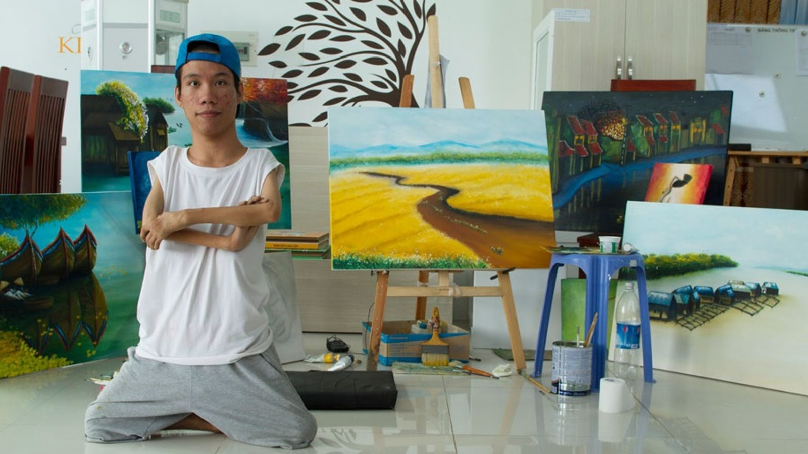 Chau, Beyond the Lines - A Vietnamese Teenager Follows his Dreams